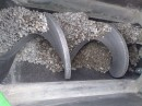 Basalt gutter in worm conveyor