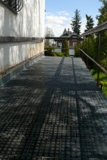 Slip-resistant type B, ramp front of the house
